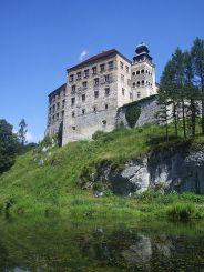 Pieskowa Skała Castle, Sułoszowa
